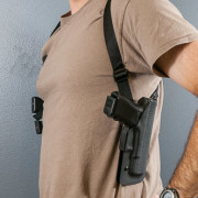 Vertical carry shoulder holster